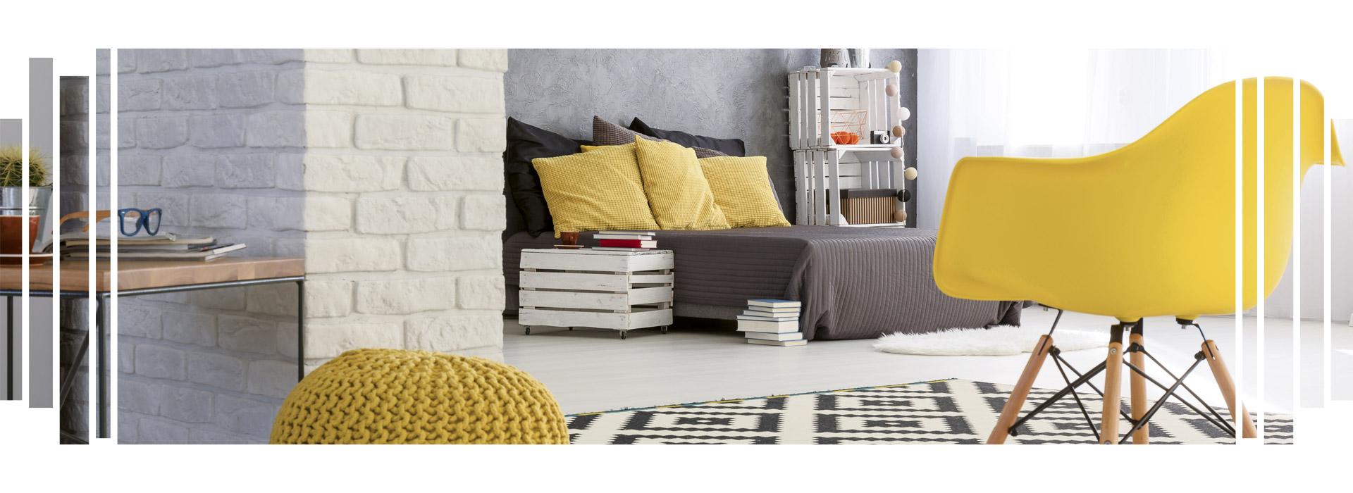 aménagement chambre grise et jaune
